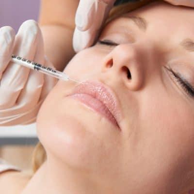Photo d'une injection de botox en médecine esthétique